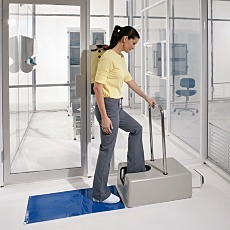Motorized Cleanroom Shoe Cleaner