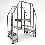 BioSafe® Cleanroom Mobile Crossover Stairs