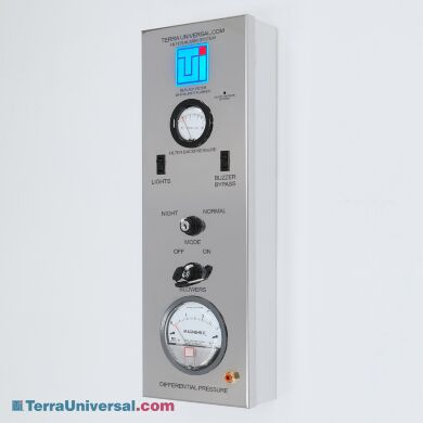 Cleanroom control panel provides centralized control and monitoring of cleanroom functions; status indicator LED blinks when FFU filters need replacement   6600-23A-NS displayed