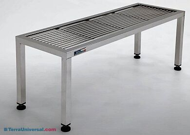 Free Standing Rod Top Gowning Bench | 1530-10 displayed