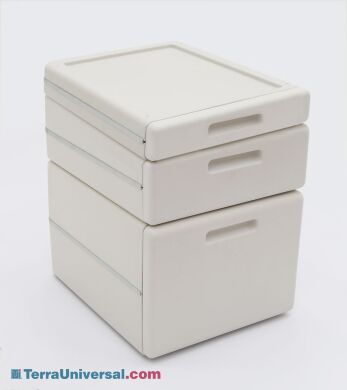 Stackable drawers mount easily under work surfaces and shelves.