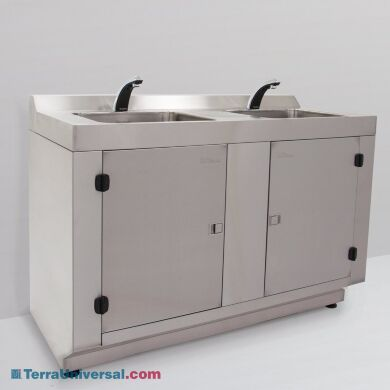 Stainless Steel 2 Sink Rinsing Station   9600-47A displayed
