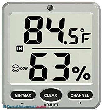 Digital thermometer with humidity indicator for cleanroom application. | 5401-34 displayed