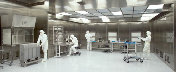 Top 5 Questions to Ask Yourself When Designing a Cleanroom