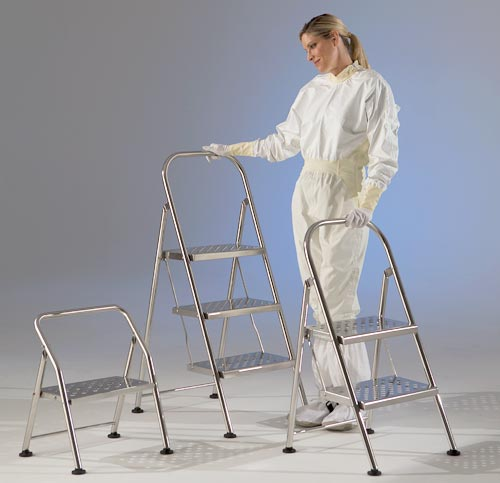 Choosing the Right Cleanroom Step Stool or Stepladder
