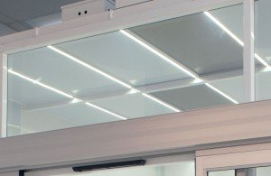 cleanroom-automatic-sliding-door-140516-I2U3456-led-lights-4