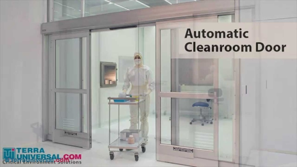 Short video showing the cleanroom automatic door