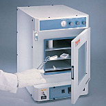 Lindberg/Blue M™ Vacuum Ovens by Thermo Fisher Scientific