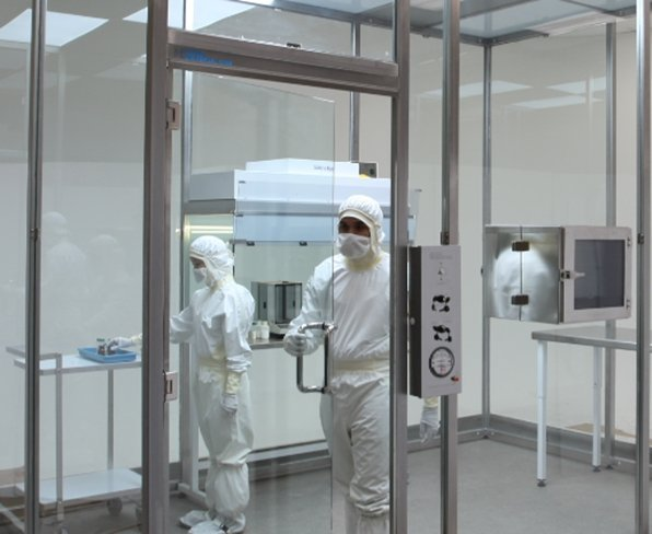 BioSafe's Extreme-Clean Glass Room
